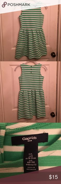Gapkids Dress Gapkids Dress- size Large: This dress is in excellent condition- it was only worn once. It comes from a smoke free home. GAP Dresses