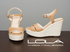 En verano, las cuñas de calidad en la tienda del calzado bueno. Pincha este enlace para comprar tus sandalias en nuestra tienda on line: http://lolamodaycalzado.es/primavera-verano/629-sandalia-cuna-esparto-camel-unisa.html