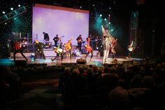 nye party new years eve party country christmas it cast theatre new years party theatres rustic christmas theater - A Country Christmas Cast