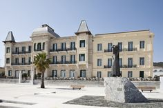 A Spetses landmark for its architecture since Poseidonion Grand Hotel provides its exquisite guests with elegant and exclusive accommodation Greek Town, Greece Islands, Grand Hotel, Beautiful Islands, Mykonos, Images, Vacation, Hotels, Visit Greece