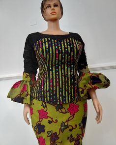 🎆🎆🎆MAGENTA 🎆🎆🎆 🎆For divas & queens only🎆 . For Enquiries 👉DM is 🆗 ✅ For a Faster Feedback, pls Whatsapp . African Dresses For Kids, Latest African Fashion Dresses, African Dresses For Women, African Print Fashion, African Attire, Ankara Skirt And Blouse, Ankara Dress, Latest Ankara Styles, Ikon