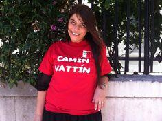 """TIZIANA SCHIAVARELLI Le t-shirt """"Camìn Vattìn"""" sono in vendita presso il negozio Bidonville Store in Via Melo, 224 a Bari - tel. 080/9905699"""