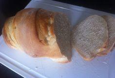 """Quem está na dieta Dukan não se precisa se privar de comer essas maravilhas que são os """"nossos pãezinhos de cada dia"""".  Confira 8 maravilhosos pães Dukan que você encontra a receita no www.dietaereceitas.com.br."""