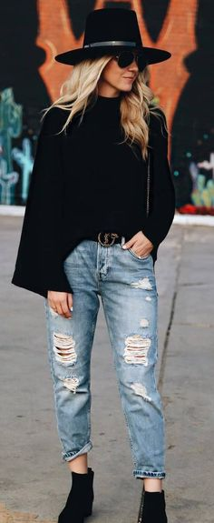 street+style+obsession+/+hat+++top+++ripped+jeans+++boots