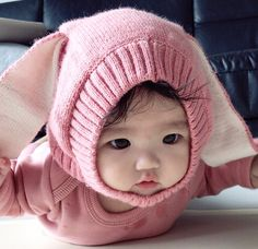 Scrolled past this fast and thought it was you Ulzzang Kids, Cute Asian Babies, Korean Babies, Asian Kids, Cute Babies, Baby Kids, Baby Pictures, Baby Photos, Japanese Babies