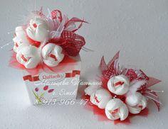 ferrero rocher raffaello flowers roses red white box gift idea present valentines day mothers day birthday romantic