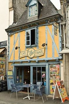 Bretagne, France - by Cris Figueired♥ Region Bretagne, Sidewalk Cafe, Brittany France, French Cafe, Cafe Shop, Shop Fronts, French Countryside, Boutiques, Cafe Restaurant