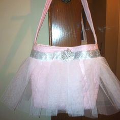 ballerina bag, soo cute! I made one not too long ago!
