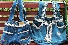 Tutoriel recycler son jean en jupe Diy Bags Jeans, Diy Bags Purses, Rosa Jeans, Mochila Jeans, Blue Jean Purses, Denim Handbags, Denim Purse, Denim Ideas, Denim Crafts