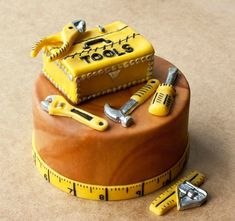 Give your favorite handyman a cake he'll love.