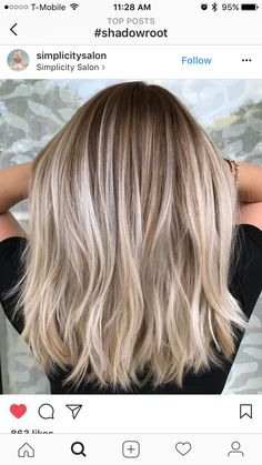 Shadow root, root stretch, rooted balayage hair color balayage, hair highlights, new Hair Color Balayage, Hair Highlights, Peekaboo Highlights, Cabelo Inspo, Hair Shadow, Shadow Roots, Medium Hair Styles, Long Hair Styles, Brown Blonde Hair