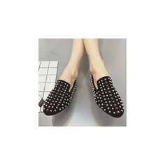 Studded Flats (345 DKK) ❤ liked on Polyvore featuring shoes, flats, footware, flat pumps, flat shoes, studded shoes, studded flats and flat heel shoes