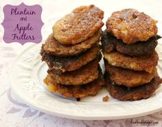 Plantain and Apple Fritters, egg free. I may try these, though I love the traditional fried apple fritters so much and will probably never eat them again, that it might just make me sad to eat a squishy knock-off. Paleo Mom, How To Eat Paleo, Paleo Recipes, Real Food Recipes, Cooking Recipes, Paleo Dessert, Gluten Free Desserts, Paleo Bread, Apple Fritters