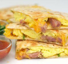 Ham & Cheese Breakfast Quesadillas #breakfast #cheesequesadillas