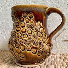 A little honeycomb inspiration fresh out of the kiln. Glazes For Pottery, Pottery Mugs, Ceramic Pottery, Pottery Ideas, Mermaid Ornament, Mermaid Mugs, Bee On Flower, Yarn Bowl, Pottery Studio