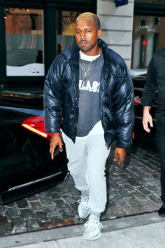 Kanye West Rocks Blond Hair in NYC After His Hospitalization