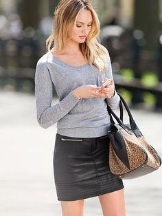 Victoria's Secret - Moto Miniskirt
