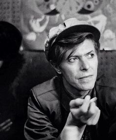 oh. my. GOD. I have no words for this photo #davidbowie #bowie