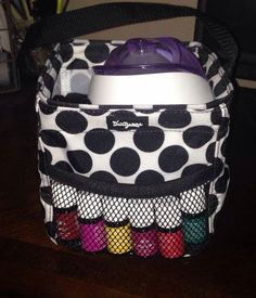 Essential oils consultants? We have a lot of bags that would work for you - and fun to personalize! Www.mythirtyone.com/gaildevine