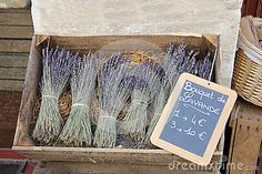 Small bouquets of lavender for sale in the Provence, France