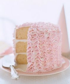 #wedding #cake #ruffles