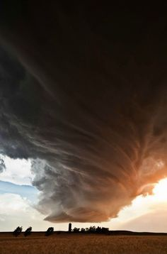 Crazy supercell thunderstorm clouds