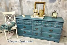 When the kids are not feeling well, you can only clean so much and watch so much tv... so I worked on this piece. Way out of my comfort zone!!! What do you think?!! #vintagefurniture #upcycledfurniture #cottagestyle #shabbychic #underthesea #seasalt #bold #mermaid #bluegreen
