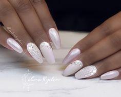 Wedding Nails - 20 Inspirational Nail Ideas for Brides - Nail art Simple Wedding Nails, Wedding Nails For Bride, Bride Nails, Wedding Nails Design, Plum Wedding, French Wedding, Rustic Wedding, Wedding Gifts, Wedding Cakes