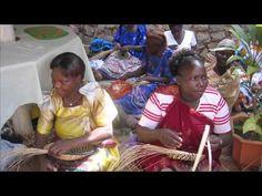 Ten Thousand Villages - fair trade handwoven baskets from Uganda Crafts 2000 Ltd. (http://www.tenthousandvillages.com/uganda, http://www.ugandacrafts2000ltd.org)