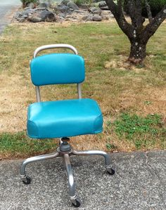 Beautiful Turquoise 1968 Steelcase Steno Chair by WestSideCreative, $300.00