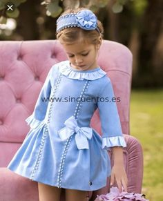Little Girl Dresses, Girls Dresses, Baby Frocks Designs, Baby Costumes, Cute Little Girls, Baby Dress, Doll Clothes, Kids Outfits, Kids Fashion