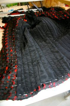 A few pictures of the process so far. It's the same as my other Chanel inspi - Chanel Red - Ideas of Chanel Red - A few pictures of the process so far. It's the same as my other Chanel inspired jackets but a very different fabric. A lot of extra steam p Chanel Jacket Trims, Chanel Style Jacket, Chanel Outfit, Chanel Fashion, Couture Details, Fashion Details, Channel Jacket, Couture Sewing Techniques, Mode Chanel