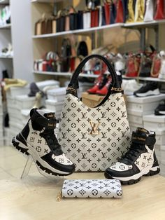 Louis Vuitton Pattern, Louis Vuitton Shoes, Louis Vuitton Handbags, Lv Shoes, Me Too Shoes, Shoe Boots, Shoe Bag, Nike Wedge Sneakers, Cute Sneakers