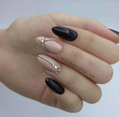 Uploaded by Mafer Pejua. Find images and videos about nails on We Heart It - the app to get lost in what you love. in 2020 Almond Acrylic Nails, Cute Acrylic Nails, Cute Nails, Pretty Nails, Sliver Nails, Bling Nails, Stiletto Nails, Hair And Nails, My Nails