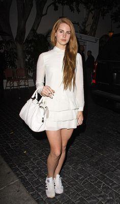 FΛSHION FEVER Lana Del Rey in all white Born to Die era