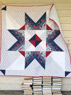 I love, love, love doing quilt alongs with y'all. It really motivates me to stay on track and get things finished. I was also crazy inspired by these fabrics. Star Quilt Blocks, Star Quilts, Easy Quilts, Pinwheel Quilt Pattern, Easy Quilt Patterns, Block Patterns, Charm Quilt, Traditional Quilts, Modern Traditional