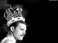 Freddie Mercury [Photo by Heeper]