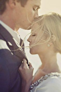 Expressions That Say Love! 20 Most Romantic Wedding and Engagement Photo Close-ups!