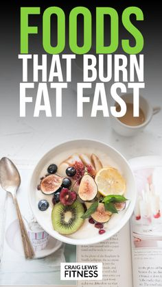 If you want to learn about what foods burn belly fat, you've come to the right place.Stubborn belly fat is one of the hardest types of fat to lose. Free Paleo Recipes, Healthy Recipes, Paleo Meals, Vegetarian Recipes, Budget Meal Prep, Healthy Habits, A Food, Meal Planning, Healthy Living