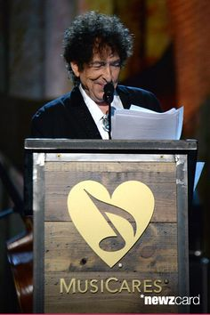 Bob Dylan speaks onstage at the 25th anniversary MusiCares 2015 Person Of The Year Gala honoring Bob Dylan at the Los Angeles Convention Center on February 6, 2015 in Los Angeles, California. The annual benefit raises critical funds for MusiCares' Emergency Financial Assistance and Addiction Recovery programs. For more information visit musicares.org.  (Photo by Kevin Mazur/WireImage)