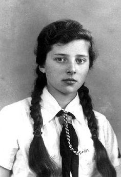 bdm | 071-0096 Irene Klimach, BDM am 01.04.1944
