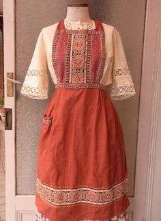 vintage apron from Germany - caikot