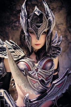 female Daedric from Skyrim armor Skyrim Cosplay, Cosplay Armor, Cosplay Anime, Skyrim Armor, Skyrim Mods, Skyrim Costume, Rwby Cosplay, Kawaii Cosplay, Cosplay Outfits