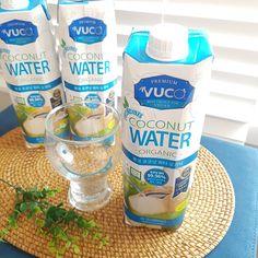 Juice Bottles, Coconut Water, Vegan, Drinks, Food, Agua De Coco, Beverages, Hoods, Meals
