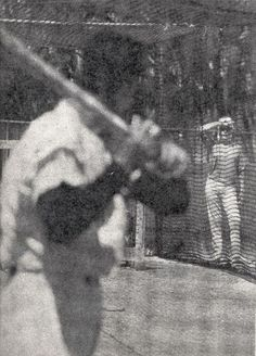 Marilyn in Florida with Joe DiMaggio watching the New York Yankee's spring training, March 1961.