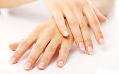 reinforcing preparation for brittle nails Repeated nail polish can make nails brittle and yellow. Hand Surgery, Finger, Nail Care Tips, Brittle Nails, Nail Polish, Shellac Nails, Manicure Y Pedicure, Hand Care, Tips Belleza
