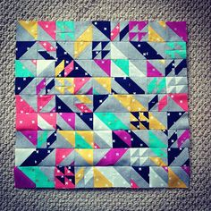 18-inch version of @libselliott's Rebel Quilt. #cookiebookcolleen #rebelquiltmini #cottonandsteelminiquiltswap