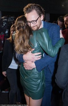 """Tom Hiddleston and Elizabeth Olsen at the UK Fan Event for """"Avengers Infinity War"""" at Television Studios White City on April 2018 in London, England Marvel Actors, Marvel Avengers, Captain Marvel, Elizabeth Olsen Scarlet Witch, Avengers Cast, Marvel Memes, Marvel Cinematic, Tom Hiddleston, My Idol"""