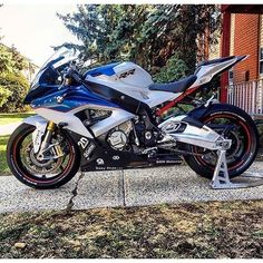 - motorcycles-and-more:  BMW S1000RR