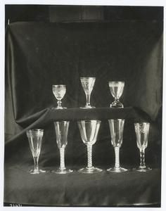 Glasses used by George Washington (Smithsonian Institution). 	NYPL, Photography Collection, Miriam and Ira D. Wallach Division of Art, Prints and Photographs.